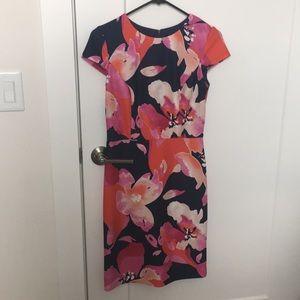 Vince Camuto Floral Dress Scuba material
